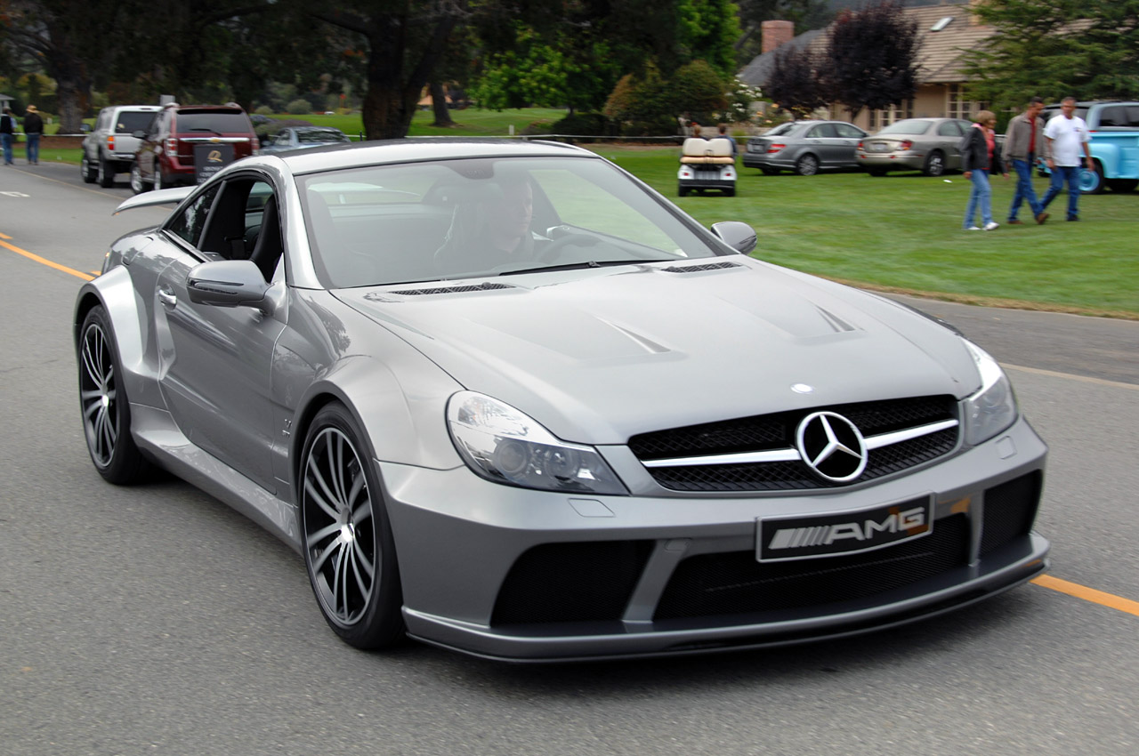 Live pictures of the mercedes benz sl65 amg black series for Mercedes benz sl series