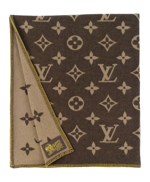 louis-vuitton-blanket