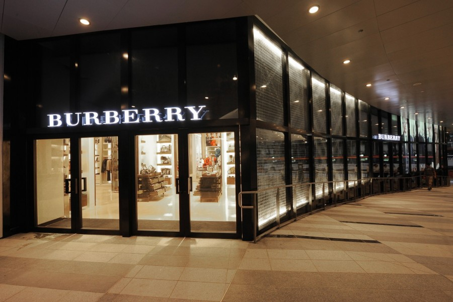 Burberry opens new store in Singapore 05