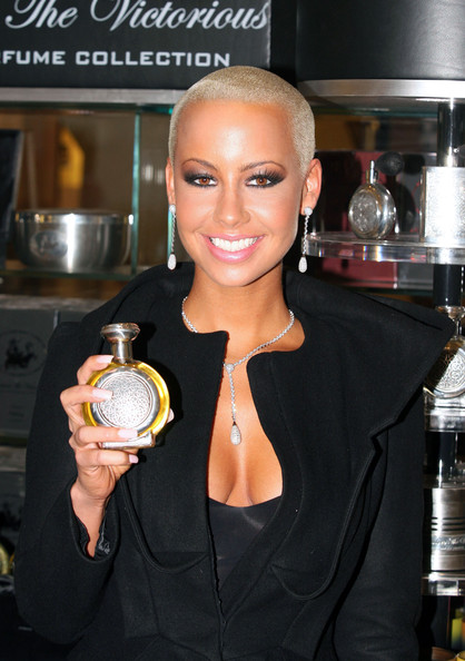 amber rose with hair pictures. amber rose boadicea the