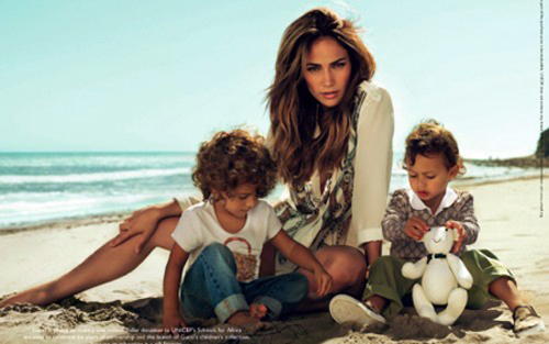 jennifer lopez twins pictures 2010. Jennifer Lopez and her twins